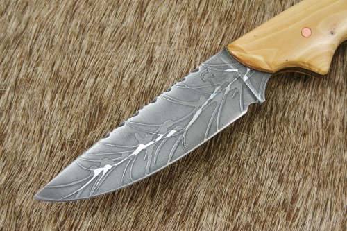 customer-bird-trout-knife