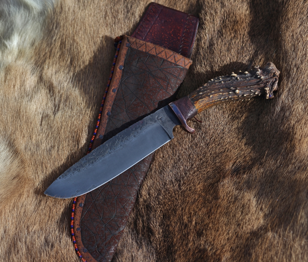 Mountain Man camp knife, carved antler